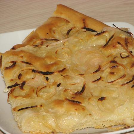 A fügassa con la cipolla, ricetta di Milena da Villa San Pietro